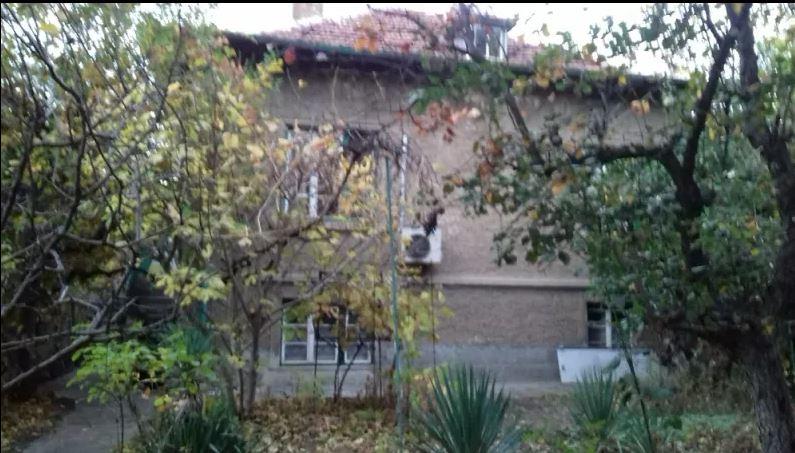 Къща в Редута